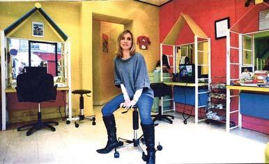 un espace adapt biblond pour les coiffeurs. Black Bedroom Furniture Sets. Home Design Ideas