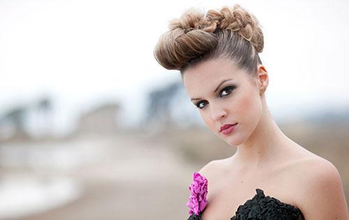 Coiffure coupe courte naturelle Comment se faire une coiffure simple et belle Produits apphdw