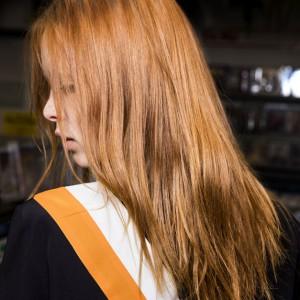 Step by step : «Rock N' Roll Hair» par Aveda