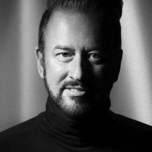 Portrait : Mark Leeson
