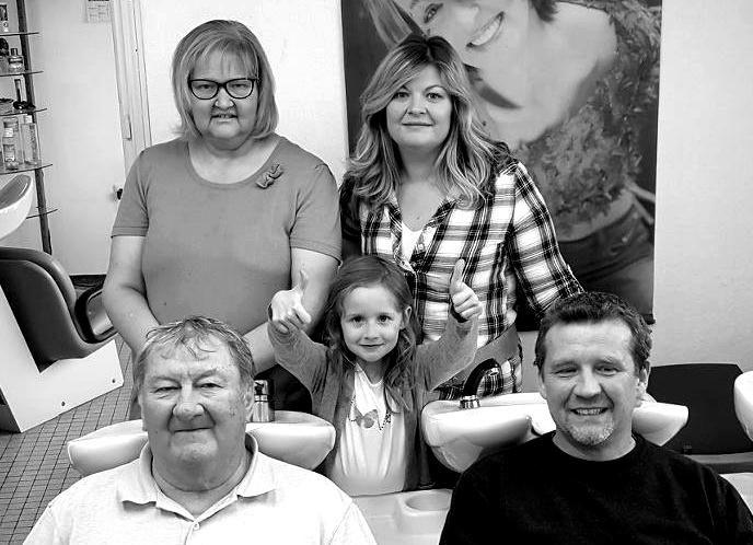 Denis, Lylian, Corentine, Louisy (petite-fille) et Anne-Louise