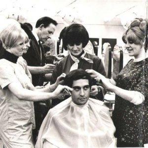 Les groupements de coiffeurs : bonne ou mauvaise idée ?