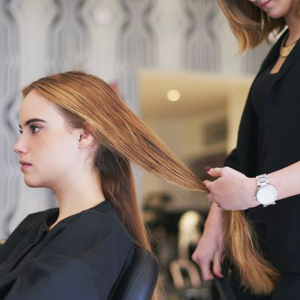 Comment bien communiquer entre clients et coiffeurs ?