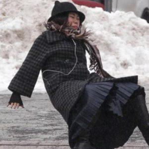 Assurcoiffeur à votre écoute : vos questions d'assurance sur les dégâts d'hiver