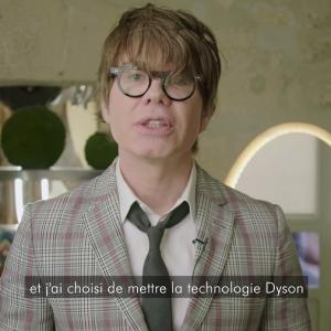 Christophe Nicolas Biot utilise Dyson pour son salon