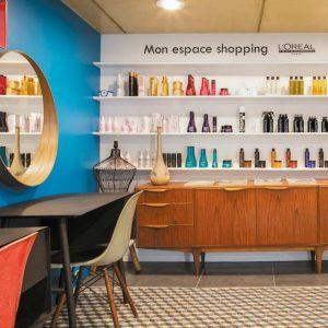 Développer son CA : vente de produits, soyez coiffeur ET vendeur