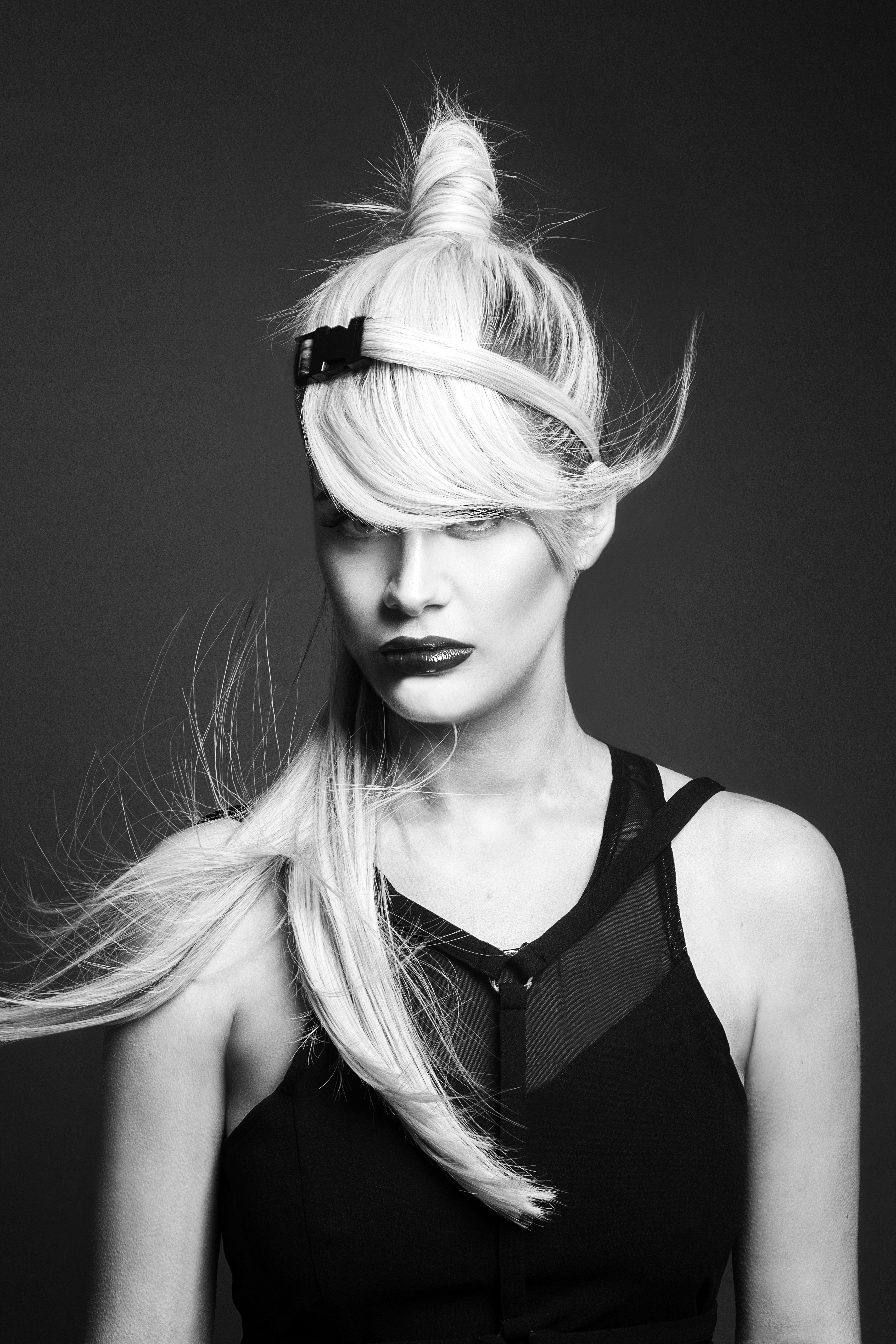 Jack & the Wolfe : collection Prima, coiffure : Jack & Lydia Mead-Wolfe, photos : Danny Baldwin, maquillage : Neringa Bige