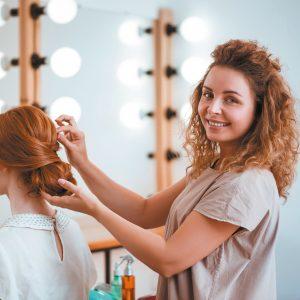 Au creux de la coiffure : votre apprenti est l'avenir de la profession