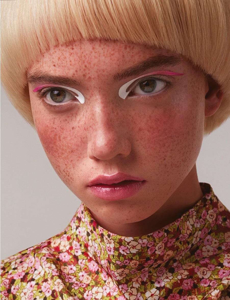 Coiffure : Corado Natola Maquillage : Aurélie Deheck Photo : Gaëtan Caputo